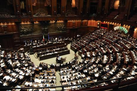 La camera dei deputati approva l ampliamento delle for La durata in carica dei deputati