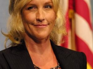 socially responsible erin brockovich Environmental activist erin brockovich, whose crusading work in california in the 1990s led to a namesake movie, is questioning the quality and.
