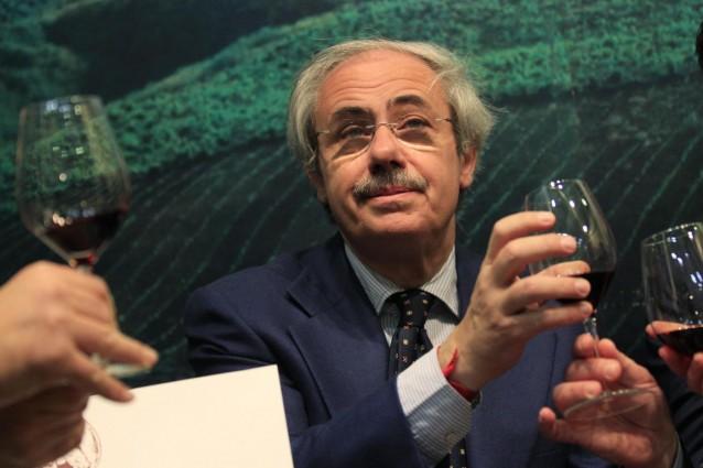 Tutti gli sprechi del Governatore: quanto ci costa la Regione Sicilia?