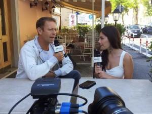 """Da pornoattrice a pornoattore: Valentina Nappi intervista per Fanpage.it il Mito Vivente del porno, Rocco Siffredi. Cosa intendiamo davvero per """"pornografia""""? La società quanto ha imparato dal """"porno"""" e quanto ancora può imparare?"""