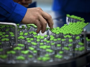 Il caso dei vaccini antinfluenzali della Crucell e della Novartis ritirati nelle ultime settimane finisce nel mirino degli inquirenti: la Procura di Torino ha aperto un'inchiesta dopo il rilevamento di anomalie nella composizioni delle dosi ritirate.
