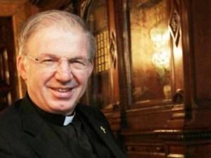 Don Inzoli, il Monsignore con la Mercedes ridotto allo stato laicale