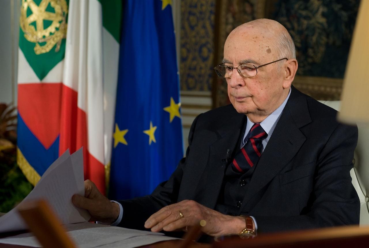 Napolitano avvia le consultazioni con i gruppi for Gruppi parlamentari