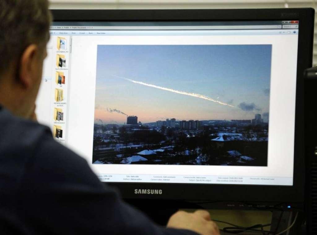 Dopo il meteorite in russia si contano i danni for Meteorite milano