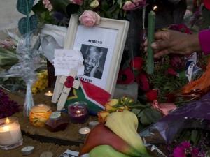 Nelson Mandela, funerali dopo dieci giorni di celebrazioni