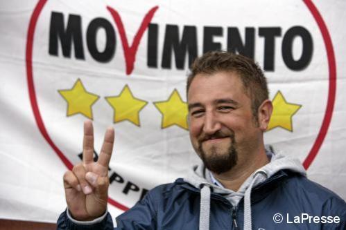 Regione sicilia polemica intorno al m5s assume 26 for Numero parlamentari m5s
