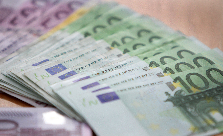 Disoccupato trova e restituisce un ipad e 7000 euro il for Cuisine 7000 euros