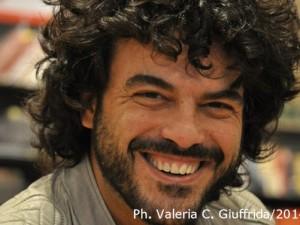 ... se per caso vi trovate nella condizione di una giornata negativa, il consiglio che mi sento di darvi è di incontrare Francesco Renga ... - francesco-renga-ph-valeria-c-giuffrida-3-300x225