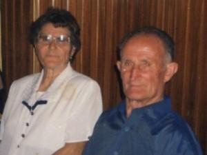 Coppia di sposi muore lo stesso giorno. Uniti fino alla fine dopo 61 anni insieme.