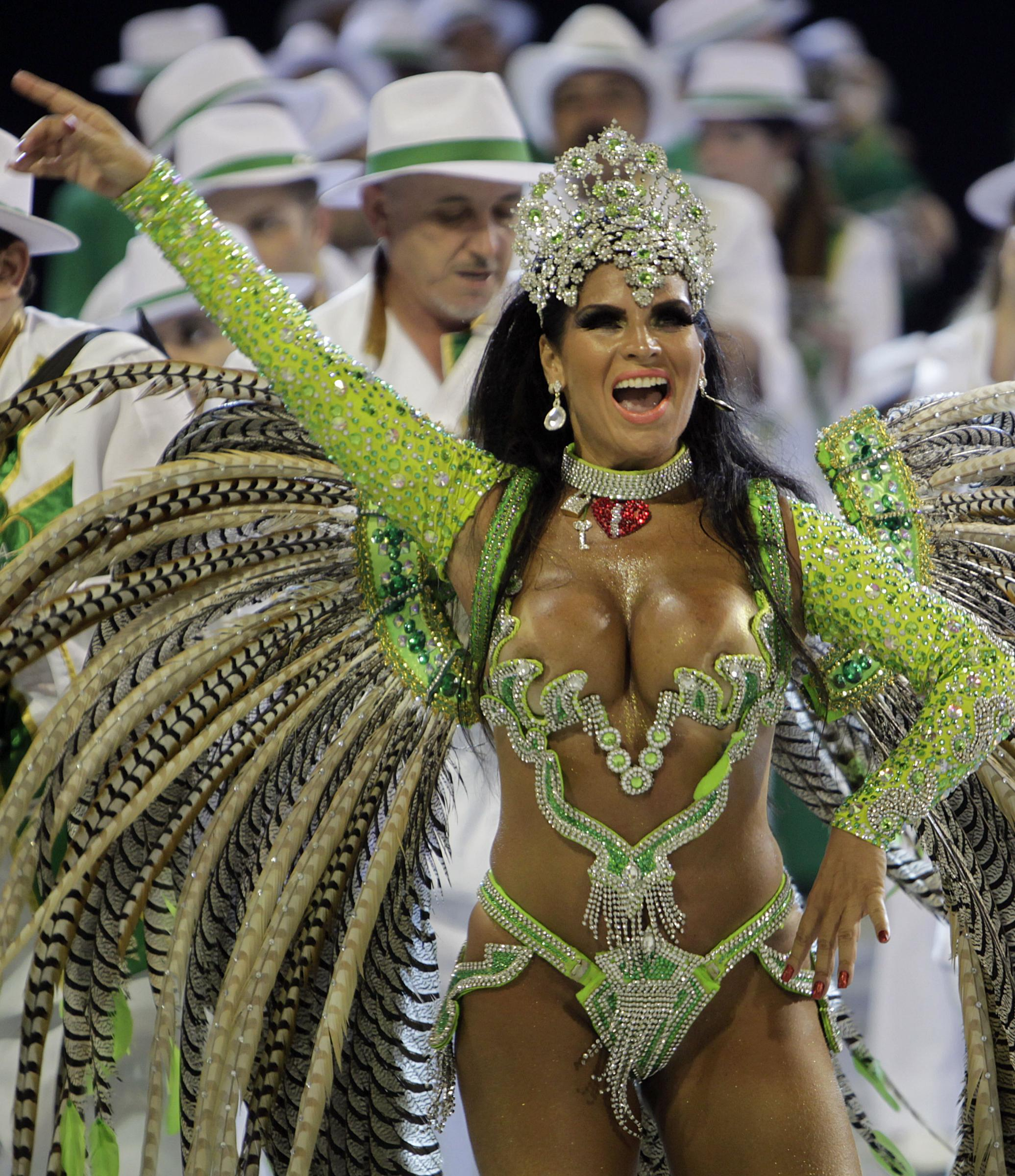 Фото бразильских голых танцовщиц 3 фотография