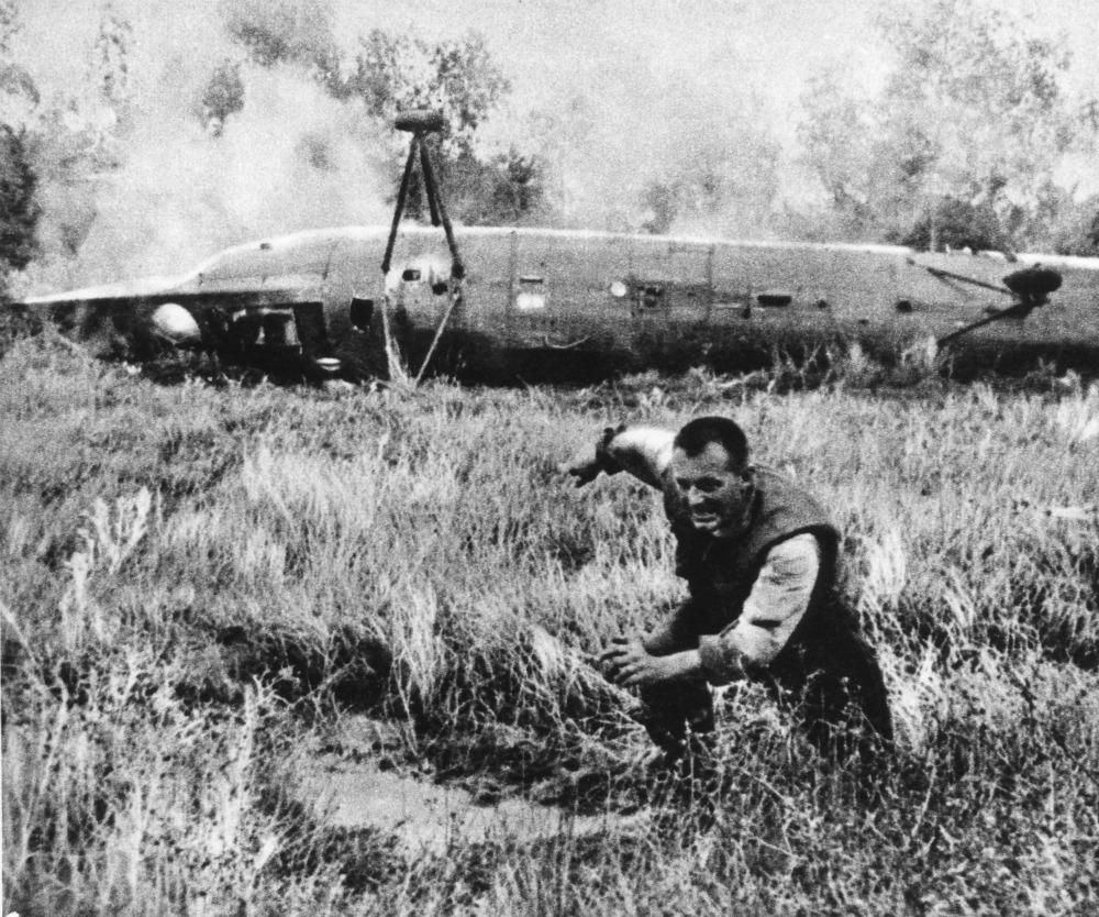 Le immagini di H...B 52 Shot Down Over Vietnam
