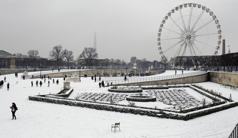 I-giardini-delle-Tuileries-a-Parigi