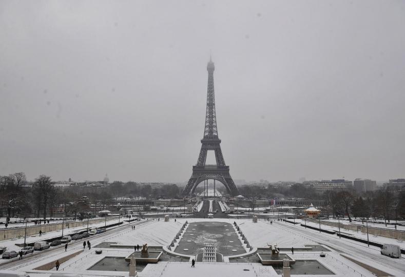 Spettacolo-alla-torre-Eiffel