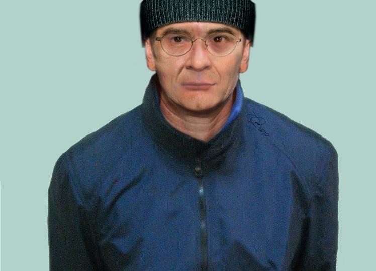 Messina Denaro in una foto col cappello