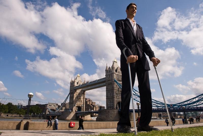 sultan kosen l 39 uomo pi alto del mondo fanpage