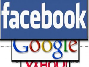 Yahoo login possibile anche da account Facebook e Google.