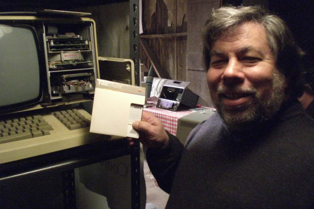 Il Mago di Woz sul trono di Apple: una favola per il dopo Steve Jobs.