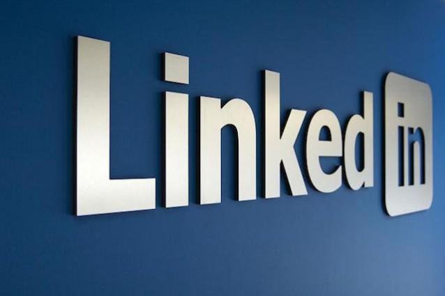 Russia dichiara guerra a Linkedin: avviato blocco del sito