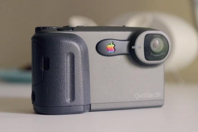 QuickTake, la prima macchina fotografica digitale di Apple compie 20 anni