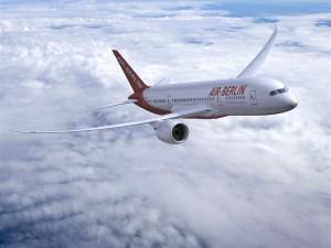 Catania: Air Berlin fica fora do avião para a Alemanha porque ele  fede