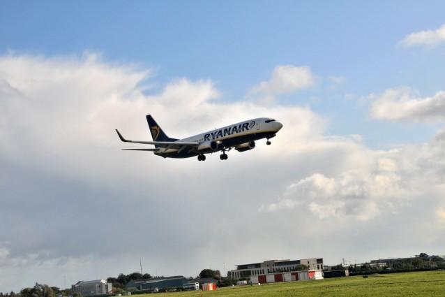 Bagaglio a mano ryanair i limiti e le tariffe viaggi - Cosa posso portare in aereo con bagaglio a mano ...
