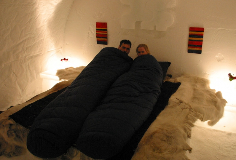 Kakslauttanen hotel e igloo village travel fanpage for Quanti soldi ci vuole per costruire una casa