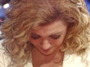 Milly-Carlucci-in-lacrime-da paola perego