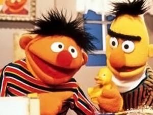 Niente nozze gay per i Muppets: Ernie e Bert restano amici.