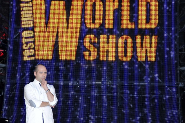 Resto Umile World Show di Zalone vs I migliori anni stasera in tv.