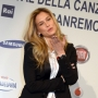 bar refaeli in conferenza stampa a sanremo