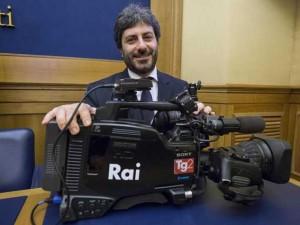 Il m5s denuncia la rai al parlamento ue ormai for Parlamento rai