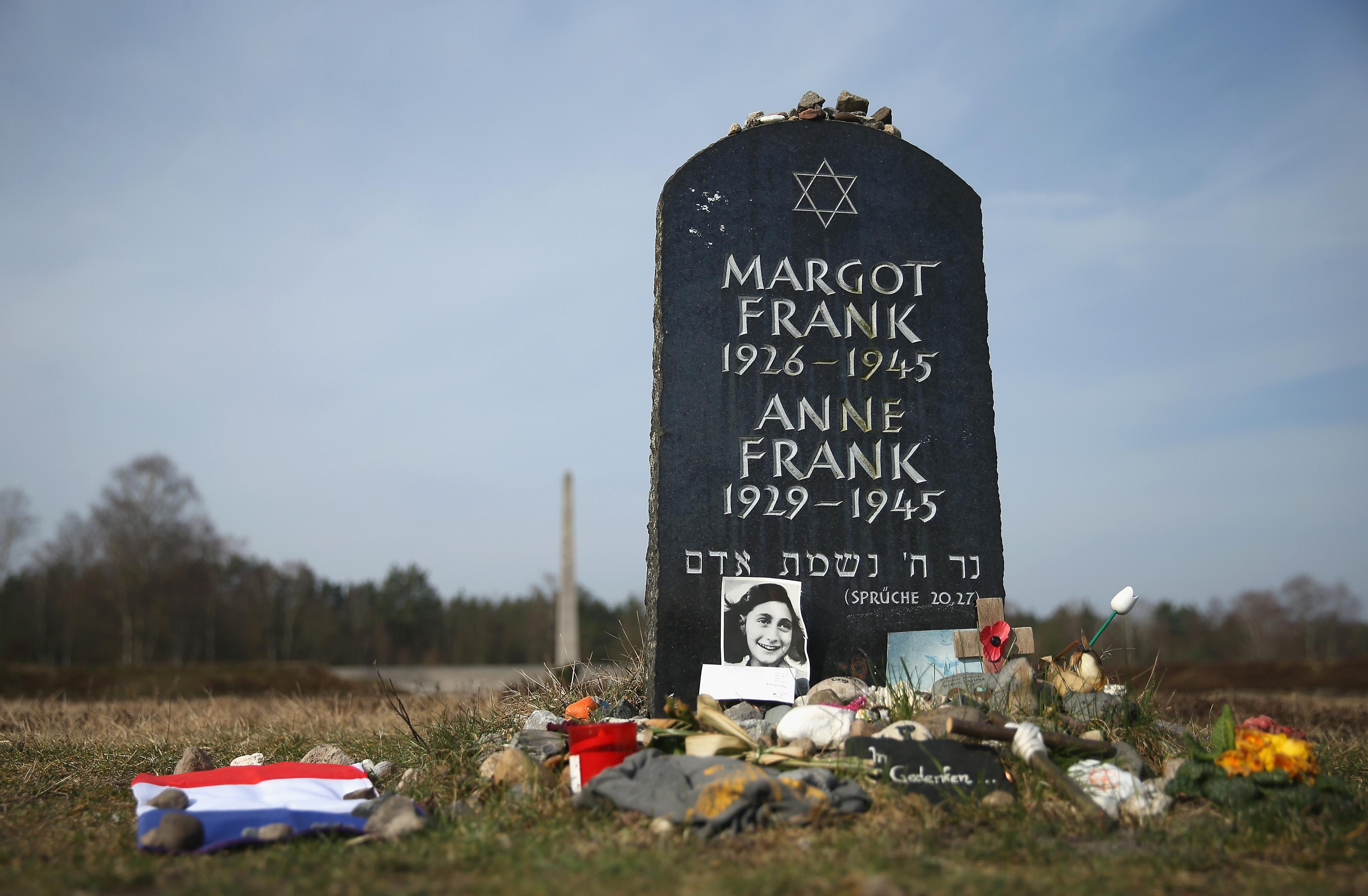 Quando morta anna frank dopo 70 anni spunta una nuova data - Quanto e larga una porta da calcio ...