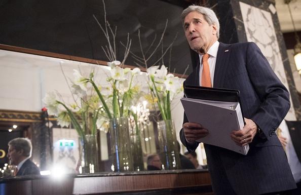 """Kerry: """"Per sconfiggere l'Isis necessario trovare una soluzione al conflitto in Siria"""""""