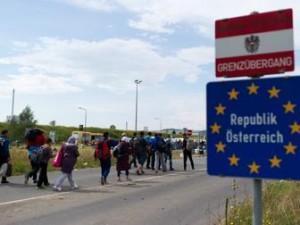 Migranti, scontro Austria-Ue e l'Ungheria annuncia referendum sulle quote