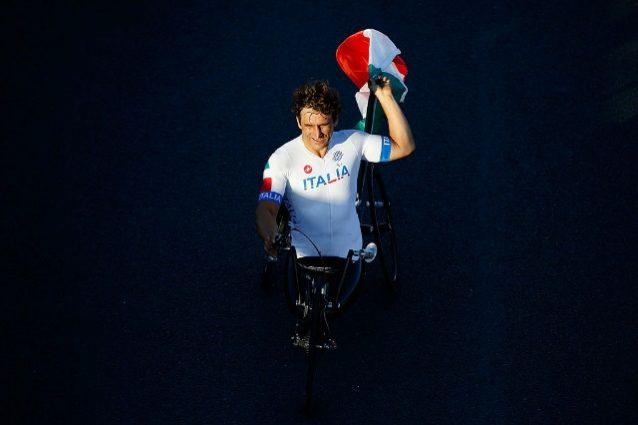 Immenso Zanardi: oro alle Paralimpiadi a 50 anni