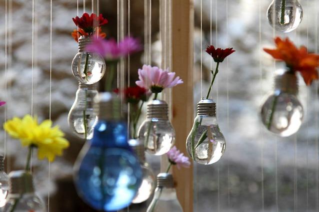 Idee fai da te 10 modi per riciclare le vecchie lampadine