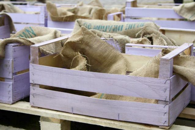 Cassette di frutta in legno cassette di frutta in legno for Caratteristiche di design della casa
