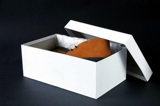 Come realizzare un biliardino con una scatola per le scarpe - Scatole porta scarpe ...