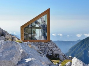 Rifugi di montagna: un guscio di vetro per riparasi dal vento