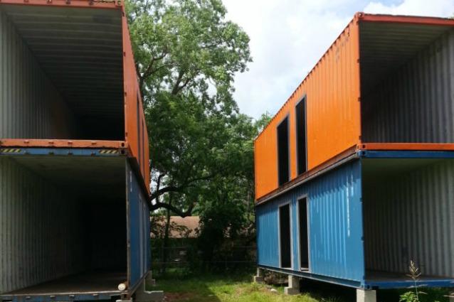 Bastano 4 container per realizzare la casa dei sogni ecco come for Lusso per la casa dei sogni