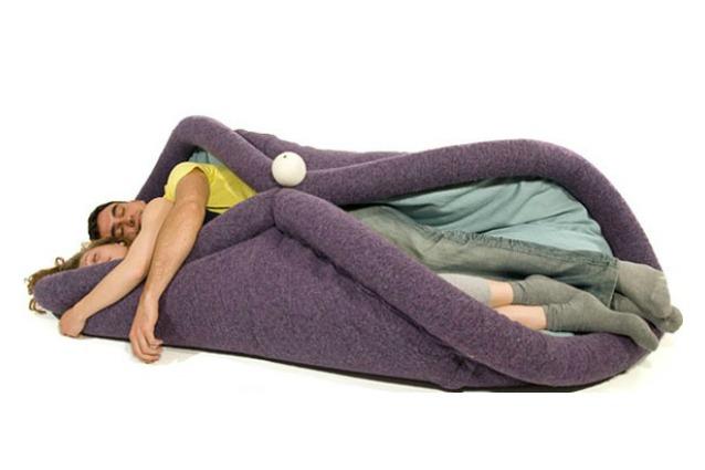 Diventa un'unica cosa col tuo piatto preferito: ecco il primo letto a forma di tacos