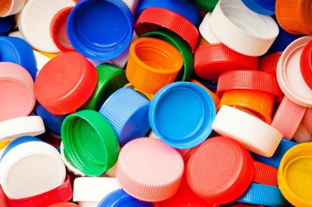 Conosciuto Come riciclare i tappi delle bottiglie OC23