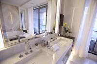Come pulire la tazza del wc in modo efficace - Pulire piastrelle bagno ...