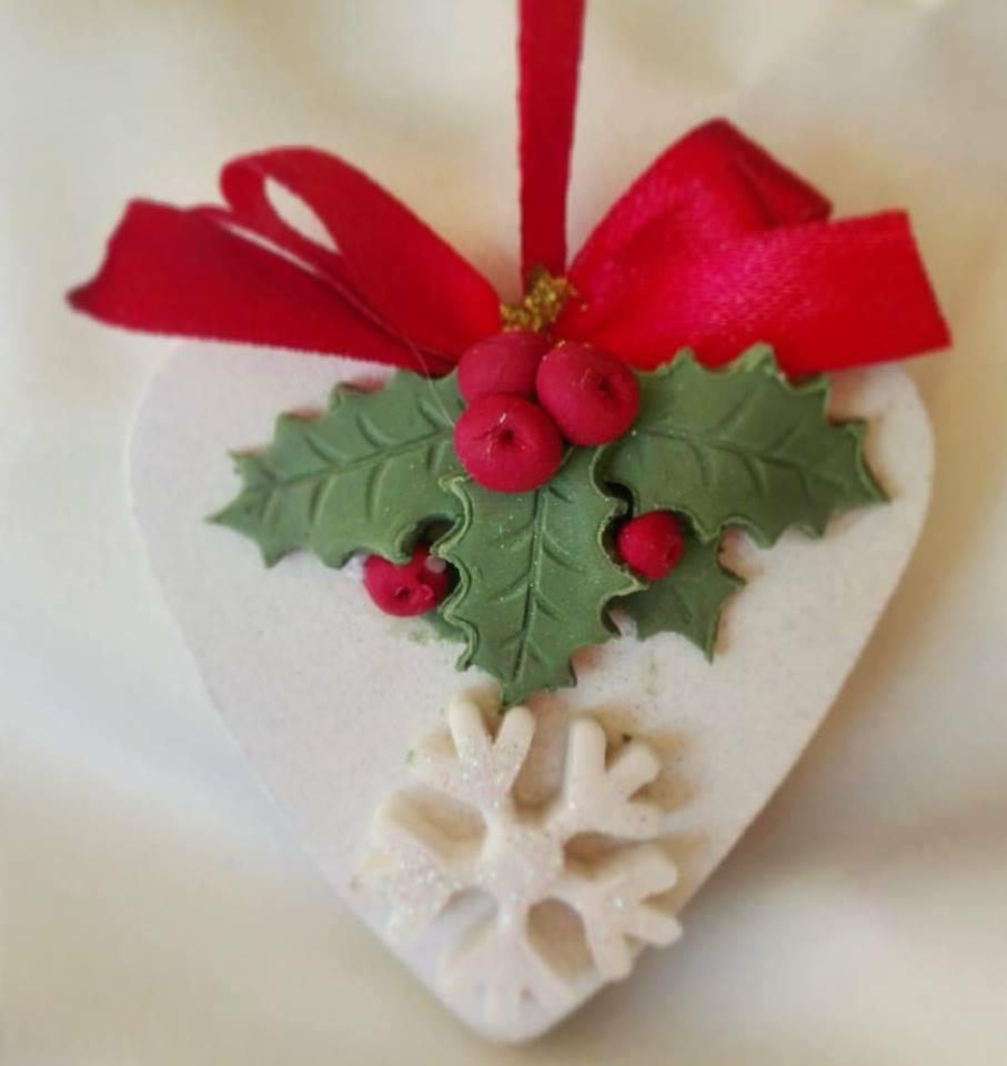 Decorazioni natalizie con la pasta di mais idee per - Creare decorazioni natalizie ...