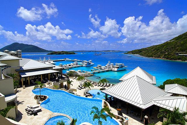Resort nelle Isole Vergini britanniche (Foto da Wikipedia).