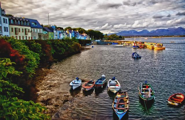 Roundstone, Connemara, Irlanda (Foto da Flickr).
