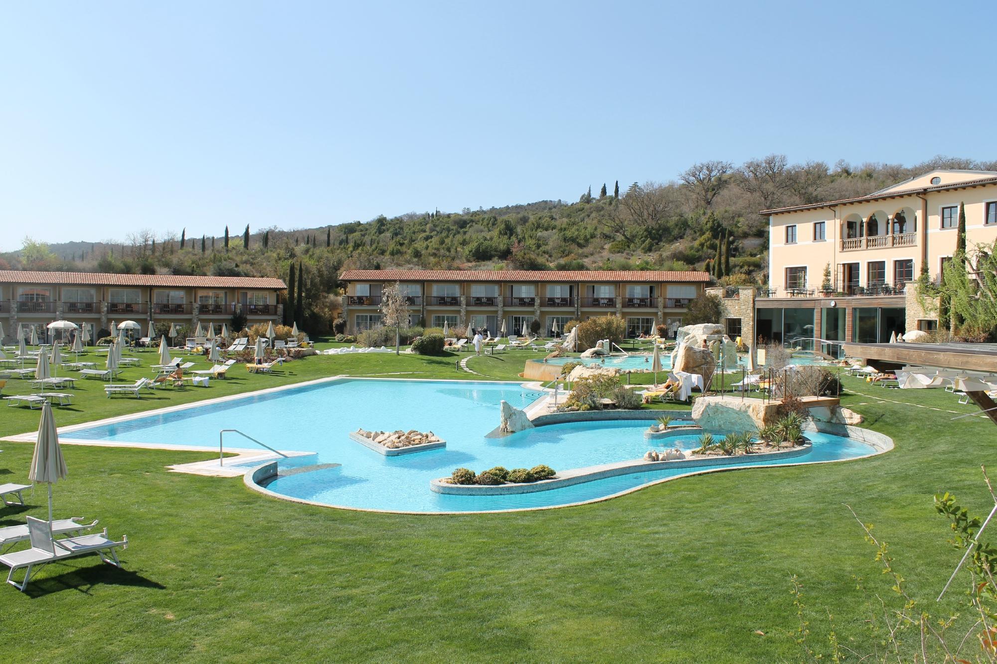 I migliori hotel all inclusive d europa un italiano in - Dormire a bagno vignoni ...