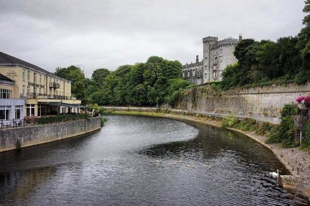 River Nore e castello di Kilkenny.