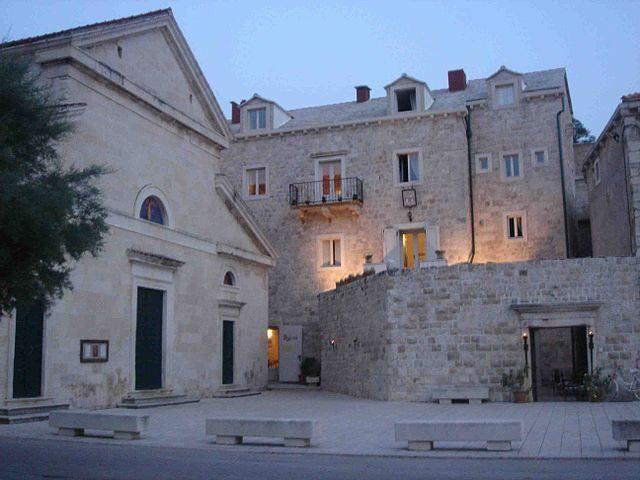 Chiesa di Santo Stefano a Pucisca – Foto Wikimedia Commons