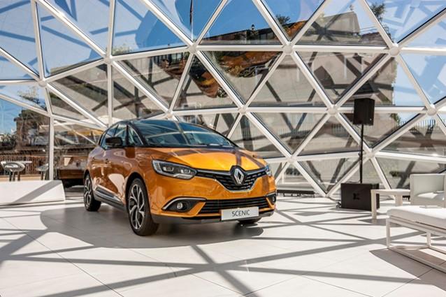 Nuova Renault Grand Scenic 2016: spazio per sette